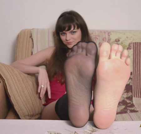Instructing You in Russian to Jerk to My Smelly Feet!