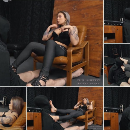Feet Licking In A Special Way [FullHD 1080P]