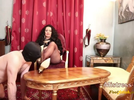 Mistress Luna – Pantyhose Worship (1080 HD) – Foot Worship