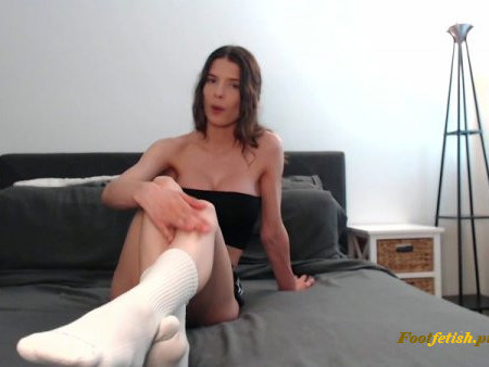 XoXoLexii - Foot stool - Foot Domination, Sock Fetish
