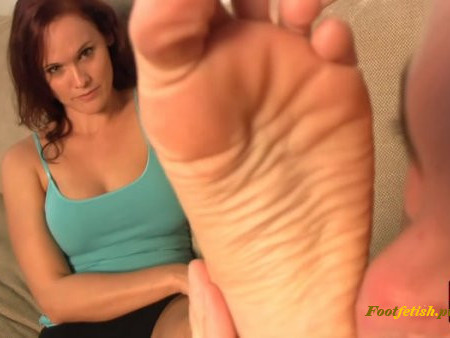 FuckedFeet – My Meeting With a Fitness Model! – Scarlett – Foot Worship – Foot Fetish, Young Mistress