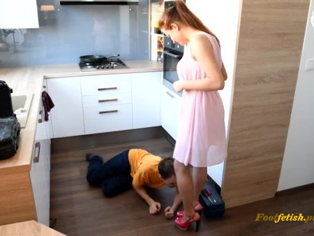 Czech Soles – Miss Megan – Naughty plumber at her feet –  Foot Worship – Footdom, Foot Licking