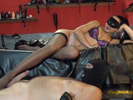 Mistress Gaia – Silky Feet and Throbbing Cock (1080 HD) – Footjob – Silky Stockings, Milking