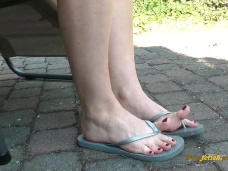 Ballerinas Flip Flops and more - Last Summer In The Garden
