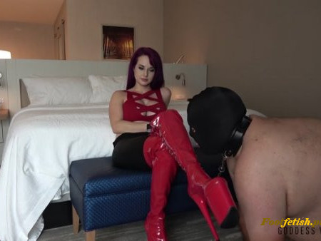 Goddess Valora - Beg To Lick (Real Session)