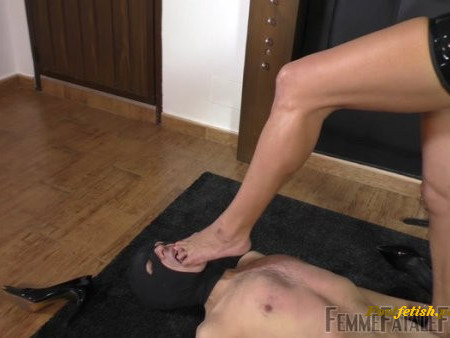 Femme Fatale Films - The Hunteress - Trample Carpet Slave  Complete Film