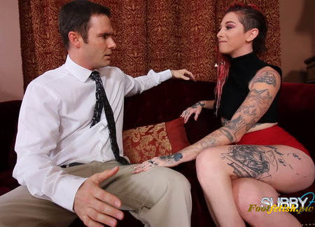 SubbyHubby - Sully Savage Trains a Cuckie Part 1: Foot Worship