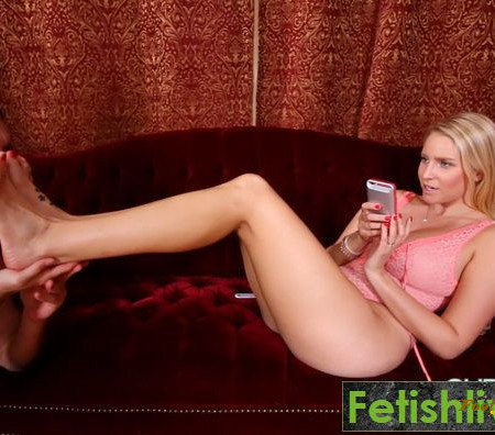 Subby Hubby - Vanessa Cage Foot Worship