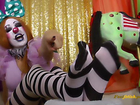 Kitzi Klown - Foot Freaks Love Clown Feet - Instructions