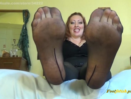 Josie Cairaway - Desperate to be Unlocked - Footworship