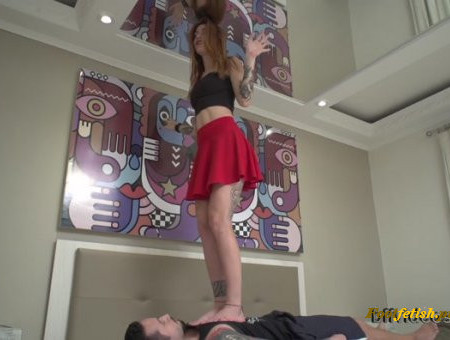 Bffvideos - Under Princess Pietra Sweaty Feet Pt.3 - Foot Worship