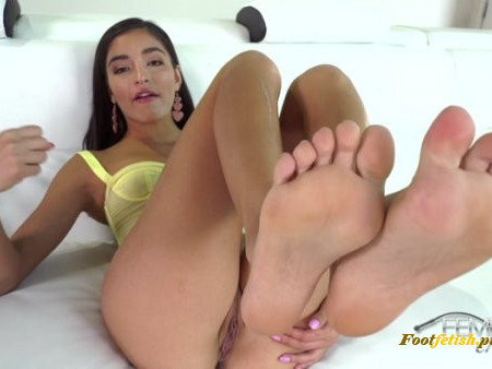 VICIOUS FEMDOM EMPIRE - Mistress Emily Willis - My Filthy Foot Slut
