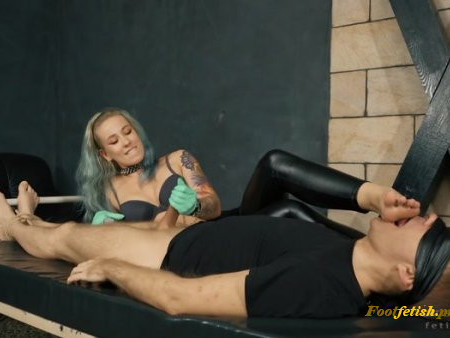 Cruel Anette - Mistress Anette - Unsatisfied - Cocktease