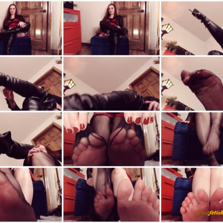 Amber Lily - Be My Boots Helper Footboy