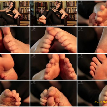 Liv Royale - Worship My Bare Toes