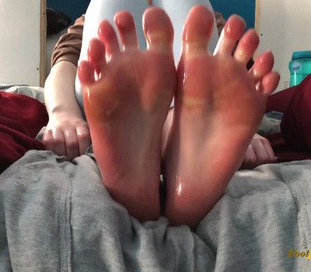 footiesfeets - Oil makes everything so much better Especially feet