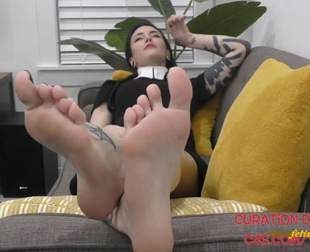 Curation De Tickly – Wednesday Addams Introduction to Foot (Tickle) Fetish Part 2