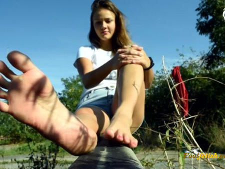Czech Soles - Dirty bare feet in nature, POV