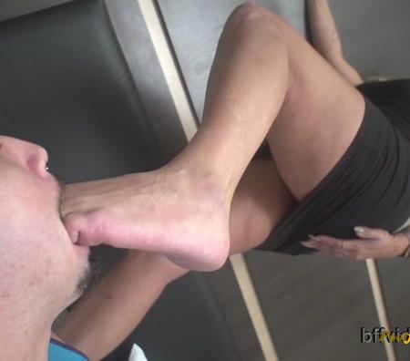 Bffvideos - Under Goddess Cibelle Sweaty Soles Pt.2