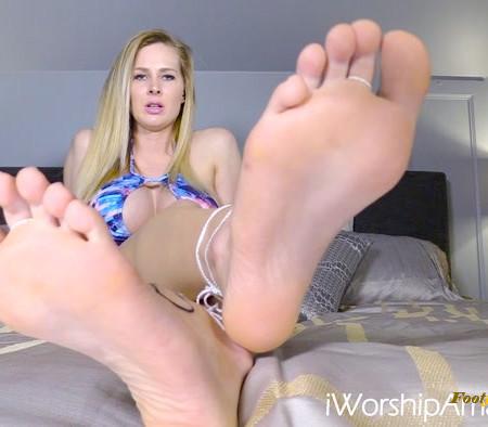 Worship Amanda - Get High for My Feet