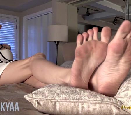 Goddess Kyaa - Filthy Femdom Feet