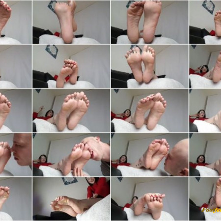 Ignore Sole Tease Turns In To Toe Sucking Foot Worship