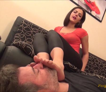 Carolina - Judgement Day - Lick My Dirty Feet Clean Slave