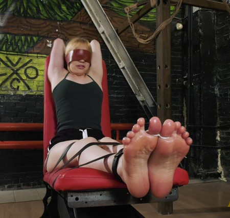 RussianFetish – Olivia – Intense tickling her tender soles