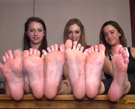 The Foot Room - Rosie, Indica, Sablique - Lets Talk Feet! Shoe and Sock Removal