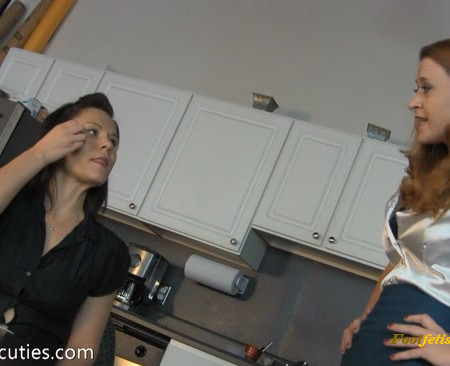 Tickle Cuties – Reading Endurance Challenge in Nylons – Part 1 Secretary Audrey Tickled