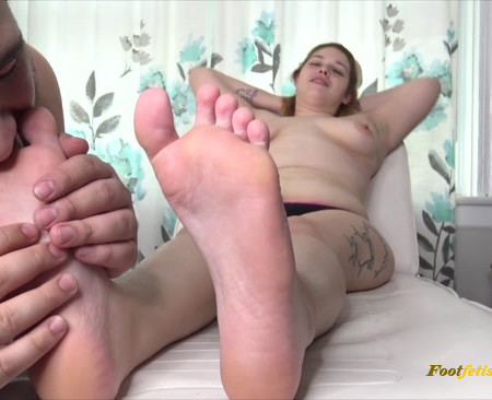 "The Foot Room – Destinys Topless Lickle Tickle ""Submissive and Sexy"""