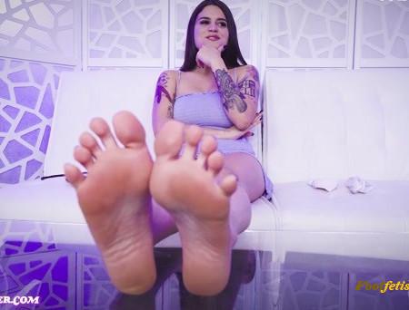 Raquel Roper – A Humiliating Foot Interview