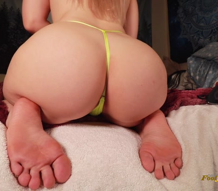Kat Soless - Can you last through the entire video My soles wiggling
