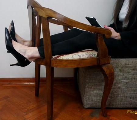 Doll House Studio – Lawyer Feet Tickling