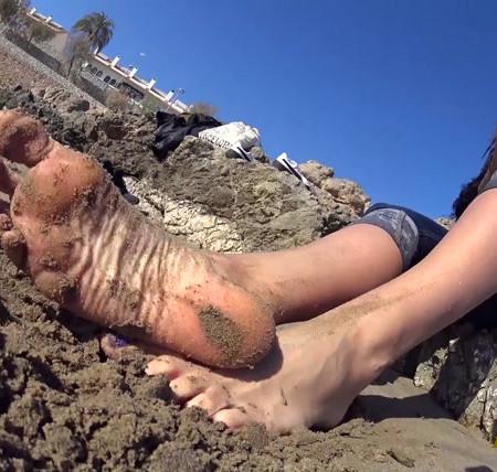 Goddess Rea - REA - Barcelona Trip - DAY3: SITGES BEACH - Worship My Sandy Feet! - Dirty Feet POV