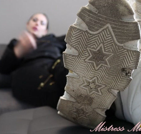 Mistress Misha Goldy - Edge Game a month long! Day 4 ! Dirty shoes and smelly socks domination!