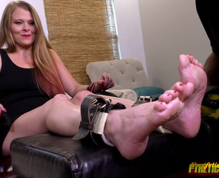 FTKL's Tickling Fantasies – The Tickle Casting Couch! Pt 101 Kitty Quinn!