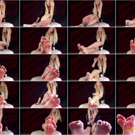 Goddess Tatyana - Foot Sissy: Dildo Training