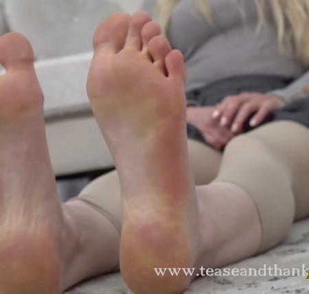 Mandy Marx - Barefoot