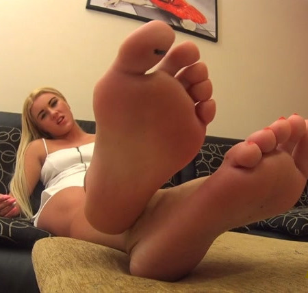 Penny - Sadistic Activity - Foot Worship POV