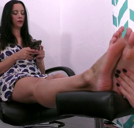Terras Temptations - Kerri Taylor - Ticklish foot massage