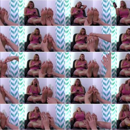 Terras Temptations - Megan Jones - Ticklish foot massage
