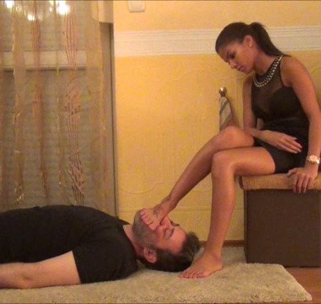 Evike - Foot Domination And Facetrampling