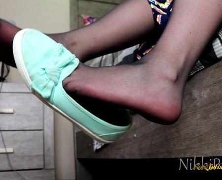 Nikki Presents – Black Pantyhose and Flats Dangle JOI