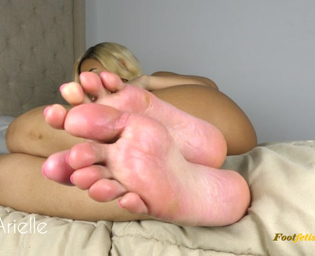 Wow Arielle – POV Ignore Foot Worship