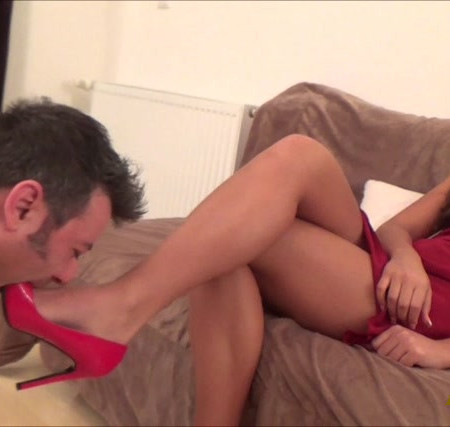 Alice - Lava - Shoe Domination And Mouth Fucking And With High Heels