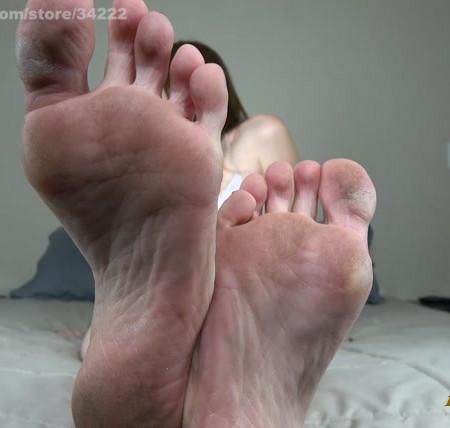 Olivia Rose - Insane foot-edging