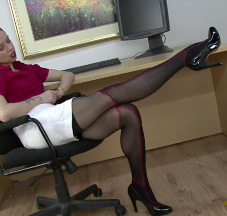 Club Stiletto - Cum on MY Stockings
