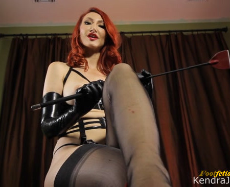 Kendra James - Worshiping the Goddess feet