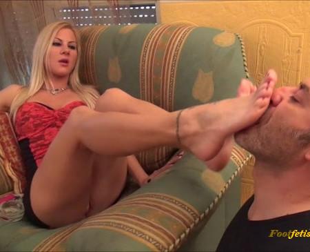 FootDominas - Ingrid - My Footbitch - Foot Worship And Smoking